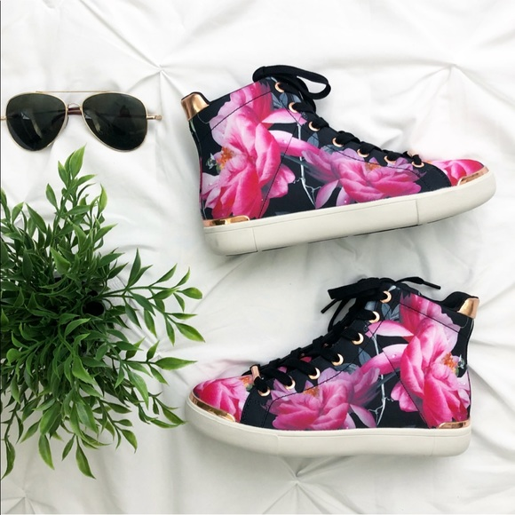bf580858ec14 New Ted Baker Floral Print High Top Sneakers. M 5abc09c08af1c5246b5d3225